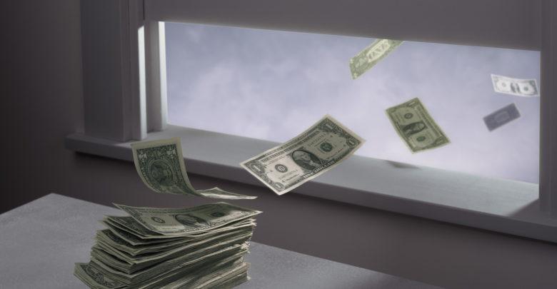 Perchè vuoi continuare a buttare i soldi dalla finestra?